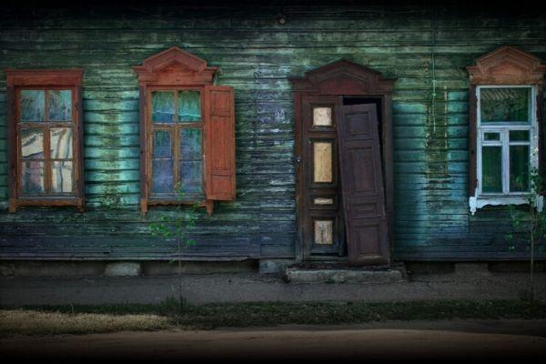 木材の外壁は塗装によるメンテナンスが必須【適した塗料とは】