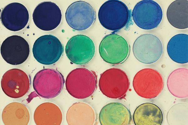 外壁塗装の塗料選びで失敗しないためのポイントをプロが解説 (1)