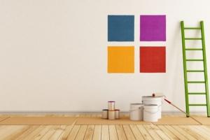 外壁に使う上塗り塗料の費用や選び方|DIYにおすすめの塗料も紹介!